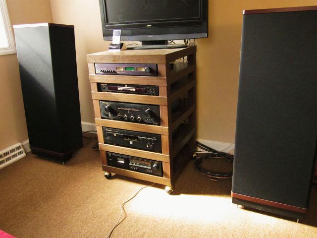 ikea lack audiophile rack ikea hackers. Black Bedroom Furniture Sets. Home Design Ideas