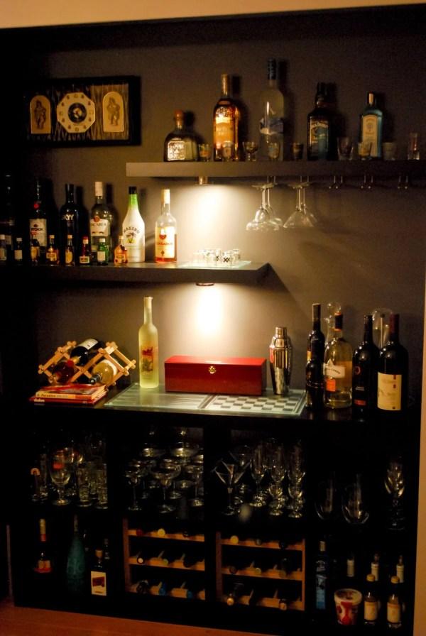 Closet Lacking Bar - Ikea Hackers