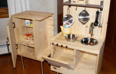 23 Incredible Childs Kitchen Set That Will Upcycle Your Old Stuff