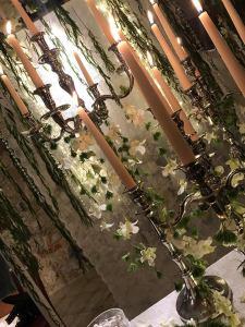 fiori e candelieri