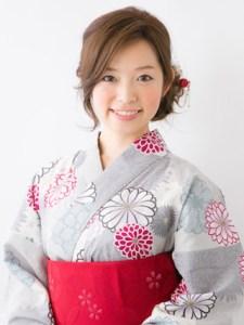 浴衣 女性 ロング 髪型