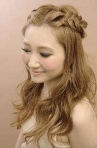 結婚式 ロング 髪型 ゲスト 女性
