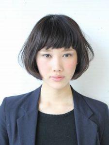 スーツ 女性 髪型