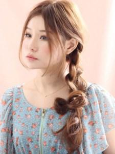 春 ロング 髪型 女性 人気