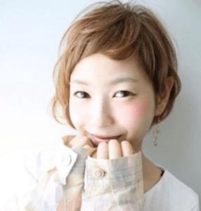 春 髪型 ショート 女性 人気 4