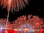 諏訪湖新作花火大会の2017年度の日程や穴場、見どころ、ホテルは?