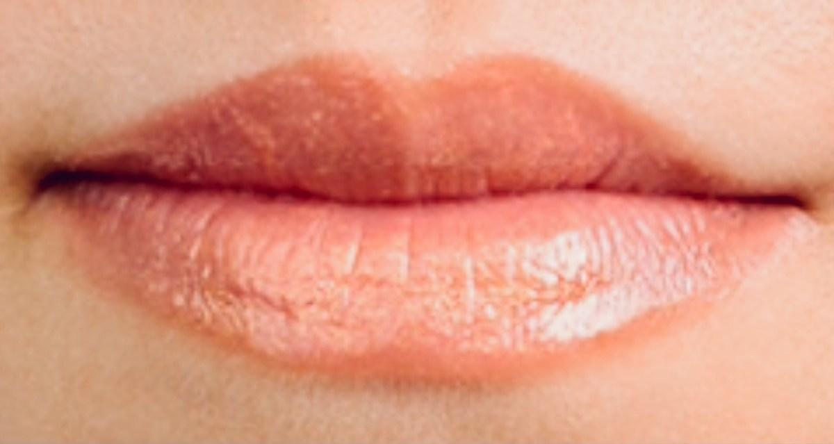 【人相学・観相学・顔相学】口(唇)の形とサイズから性格や特徴・タイプ・運気がわかる