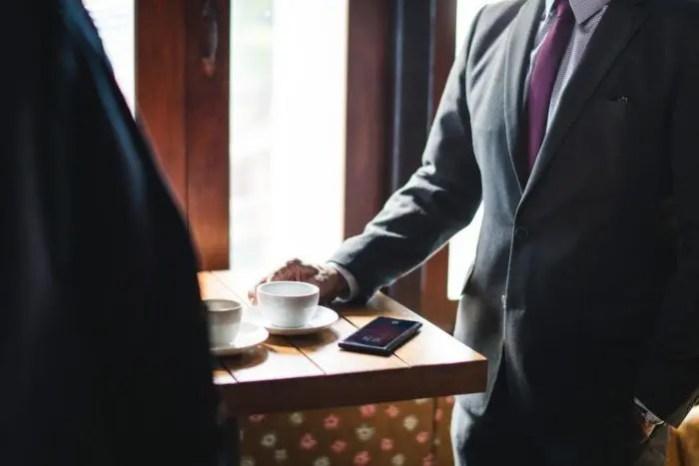 年末年始挨拶 営業アポイントはお早めに~年間10億以上を売る元営業担当が伝授~