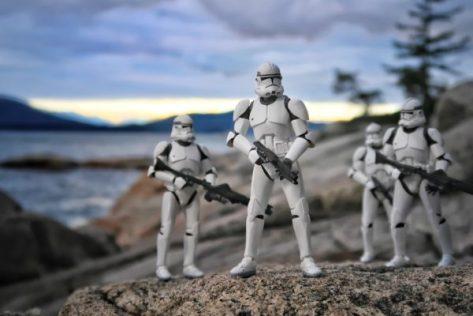 storm-troopers-4653796_1920
