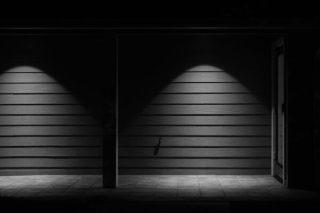 light-2592810_1920