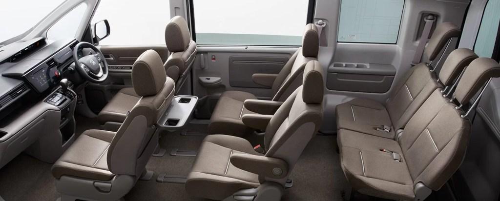 pic cabin 1024x412 - 新型ステップワゴンの3列目シートは床下格納マジックシート!からのわくわくゲート♪シートアレンジは流石だが、後部座席の乗り心地はどんなもん?