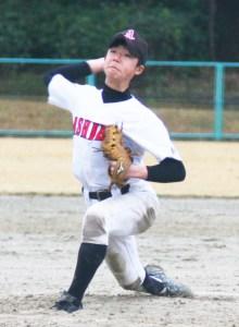 中学野球(好リリーフの芦辺・神保投手)