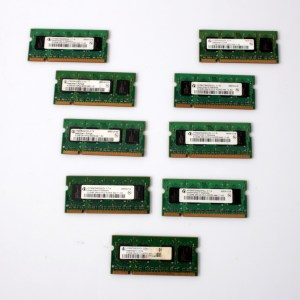 9x Infineon Laptop RAM 9x512MB HYS64T64020HDL-3.7-A For Dell D610 PC2-4200 533MHz