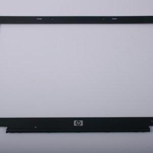 HP Compaq NC8230 LCD Bezel 6070A0096901