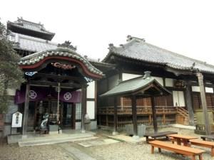 開創は1297年と伝承される時宗のお寺
