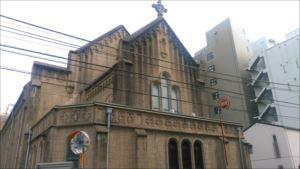 大聖堂へはスロープで カトリック神田教会 バリアフリー情報