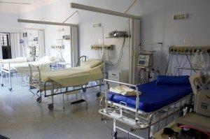 支援施設と医療機関が直面する問題