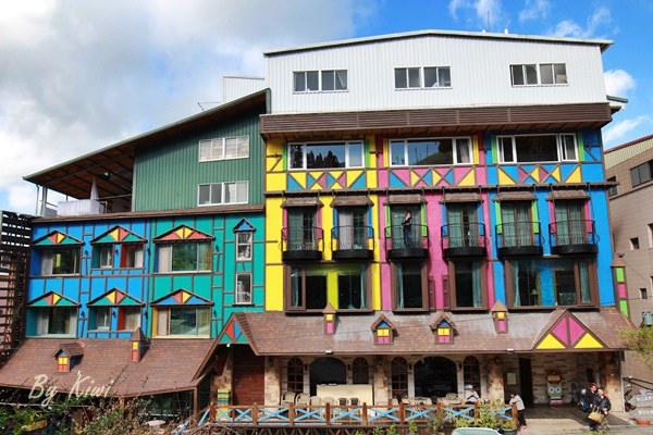 【臺中梨山住宿】 繽紛色彩的歐式建築之飛燕城堡渡假村 - Kiwi 樂活食旅