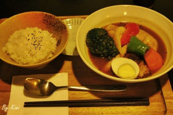 【台中西區咖哩】來自北海道溫度的湯咖哩.西區美食推薦之心之湯咖哩 北海道湯咖哩專賣(Mr. Cocoro soup curry)(精明大隆商圈)