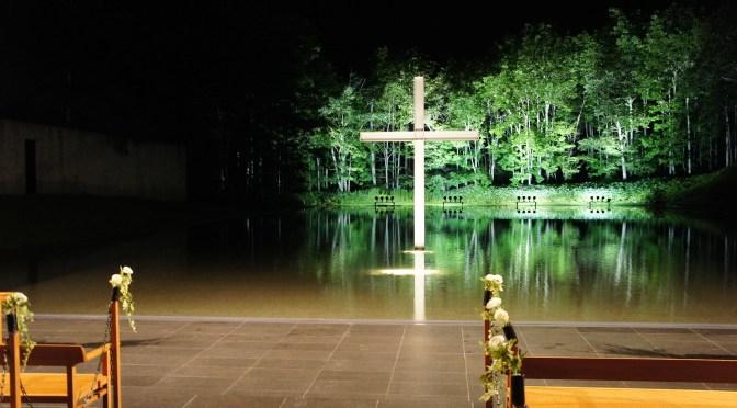 安藤忠雄教会三部作の一つ水の教会に行ってきました