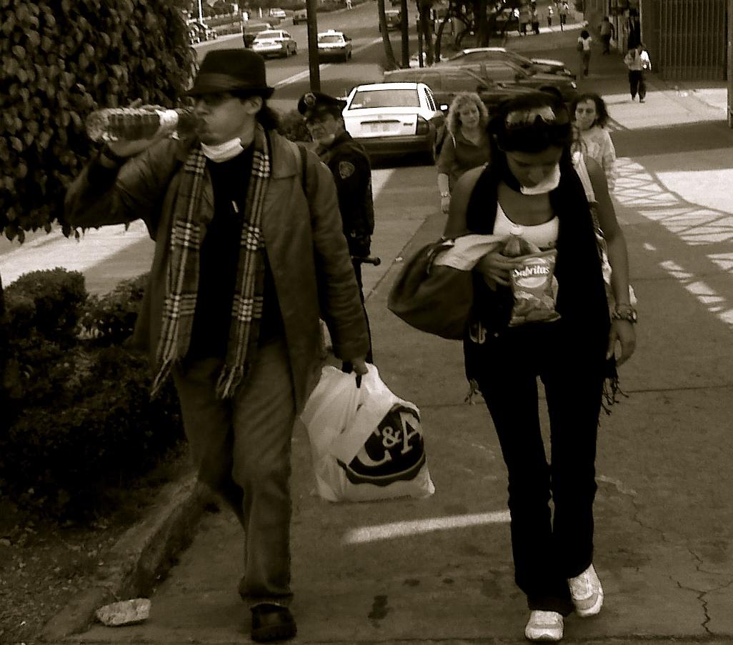 swine flu flu-mask mexico city
