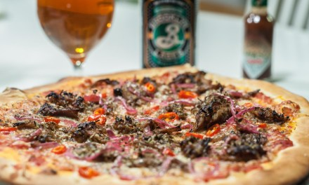 Snabb och enkel hemgjord pizza