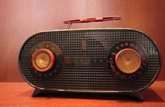 Día de la radio, historia del primer medio de comunicación de masas