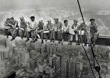 El Primero de Mayo, breve historia del origen de la festividad del Trabajo