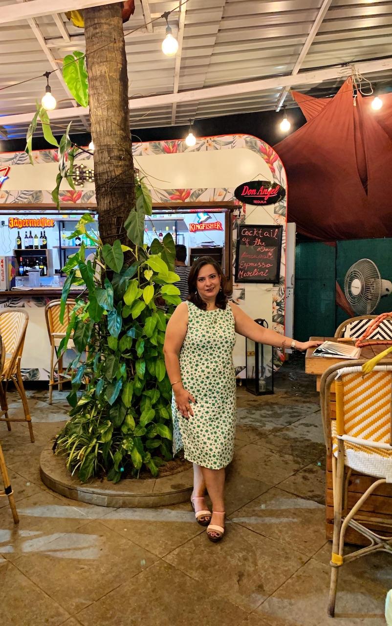 Toro Toro, Baga- Experiencing a tropical cafe bar!