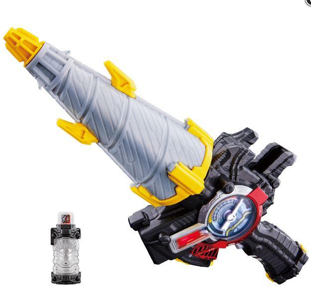 仮面ライダービルドの武器。ドリル状での武器ですが、銃モードに変形も。最初に発売される武器は当面のメイン武器になる事が多いですからね、注目の おもちゃです。
