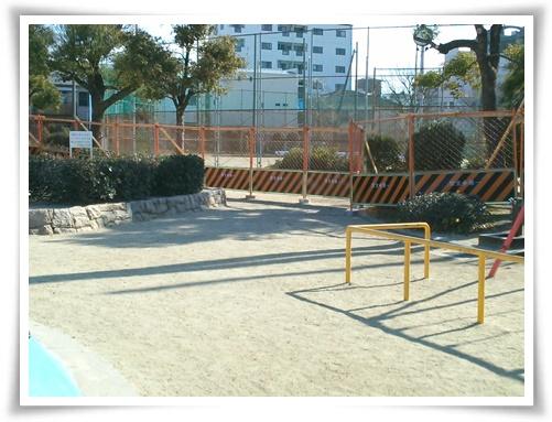 フェンス3 公園側