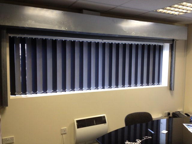 Short Black Vertical Blinds 2016