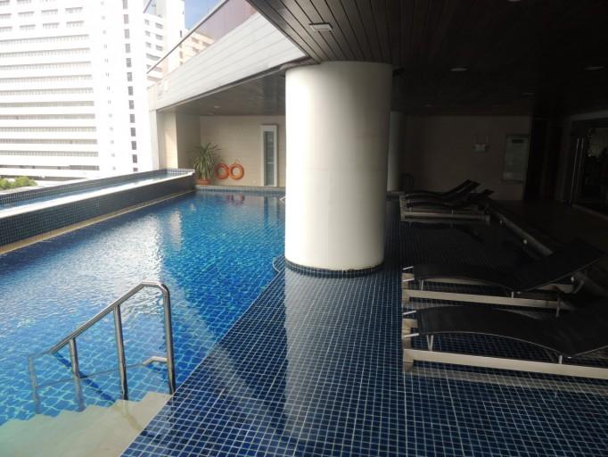 Pullman Bangkok Hotel G zwembad