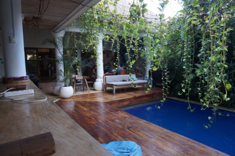 Bali-Canggu-Dojo-Co-working-digital-nomad 10.06.53