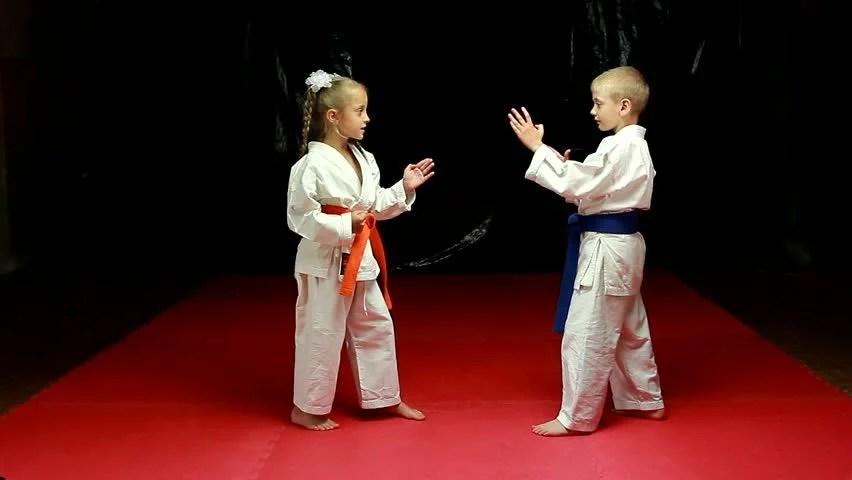 Jiu Jitsu Wallpaper Hd Karate Very Strong Children On The Mat Are Training