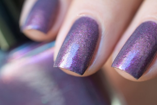 FEMME FATALE COSMETICS_HER IMPERIAL MAJESTY_LD_04