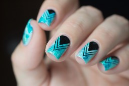 Nail art_teal sponging black stamping_07