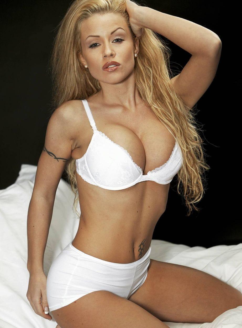 Vixen Romeo,Jennifer Love Hewitt born February 21, 1979 (age 39) Adult nude Paul Anka (naturalized American citizen),Nathalie Emmanuel (born 1989)