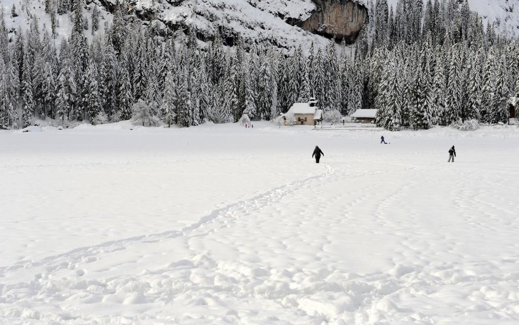 Ecco come completare il giro del lago in inverno...