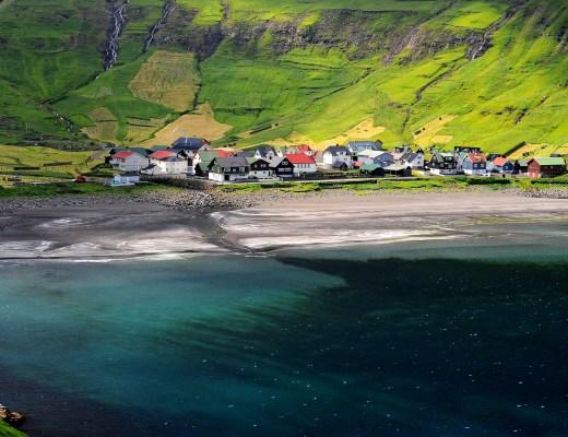 Il villaggio di TJORNUVIK nel nord dell'isola di STREYMOY
