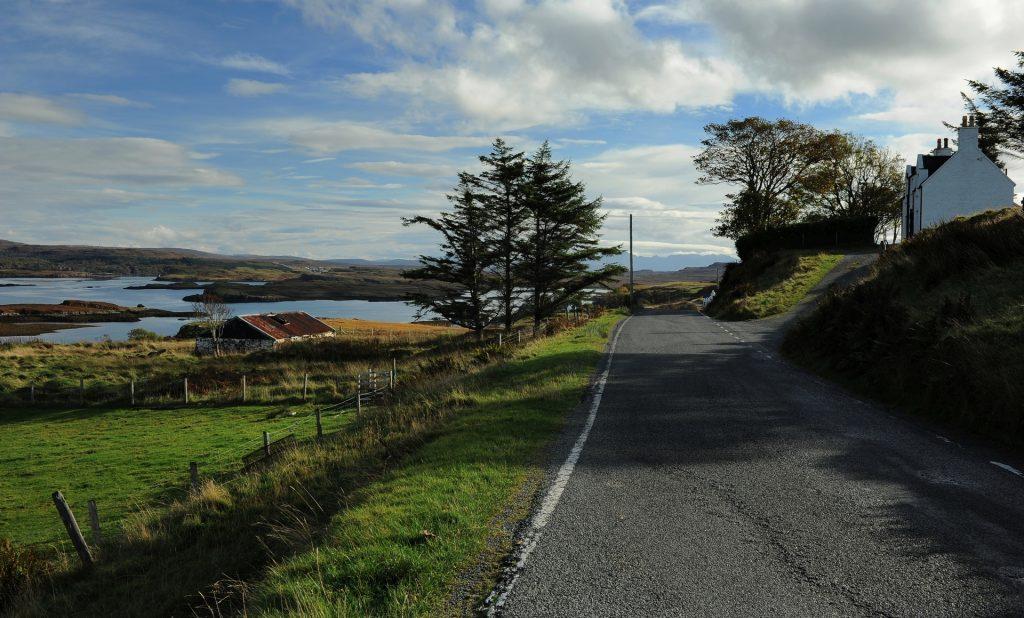 La strada che attraversa la regione di GLENDALE
