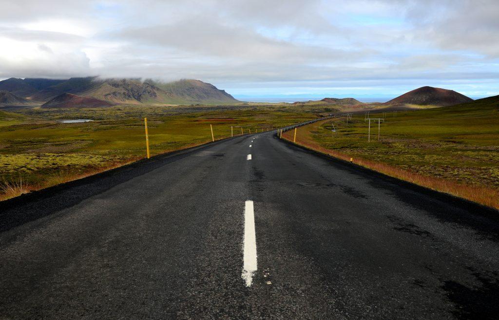 La strada 56 che porta sulla costa settentrionale della Snaefellness Peninsula