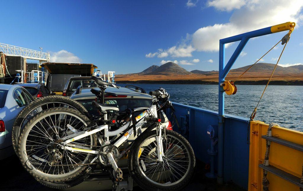 La traversata da PORT ASKAIG al molo di FEOLIN, sull'isola di JURA