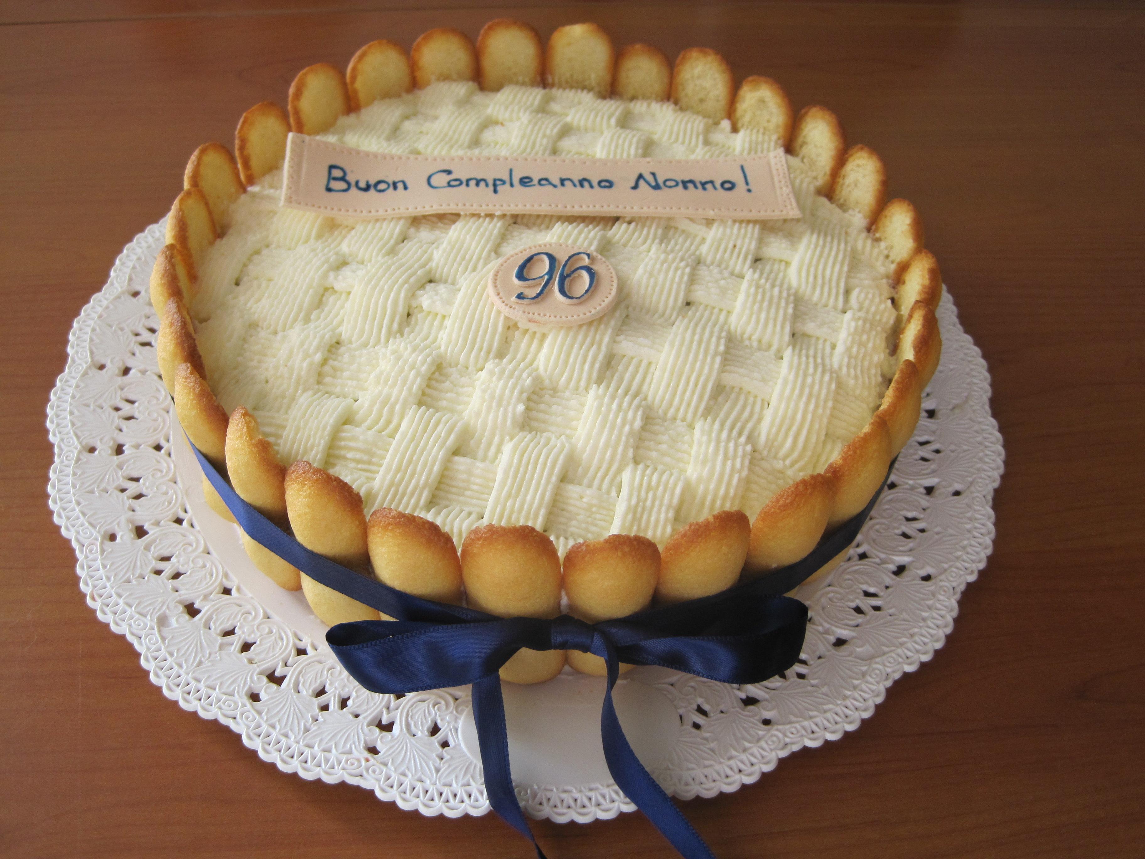 torta di compleanno  IlariaInterplanetaria  Pagina 2