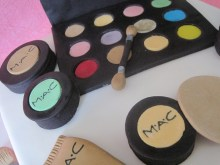 Torta trousse make up