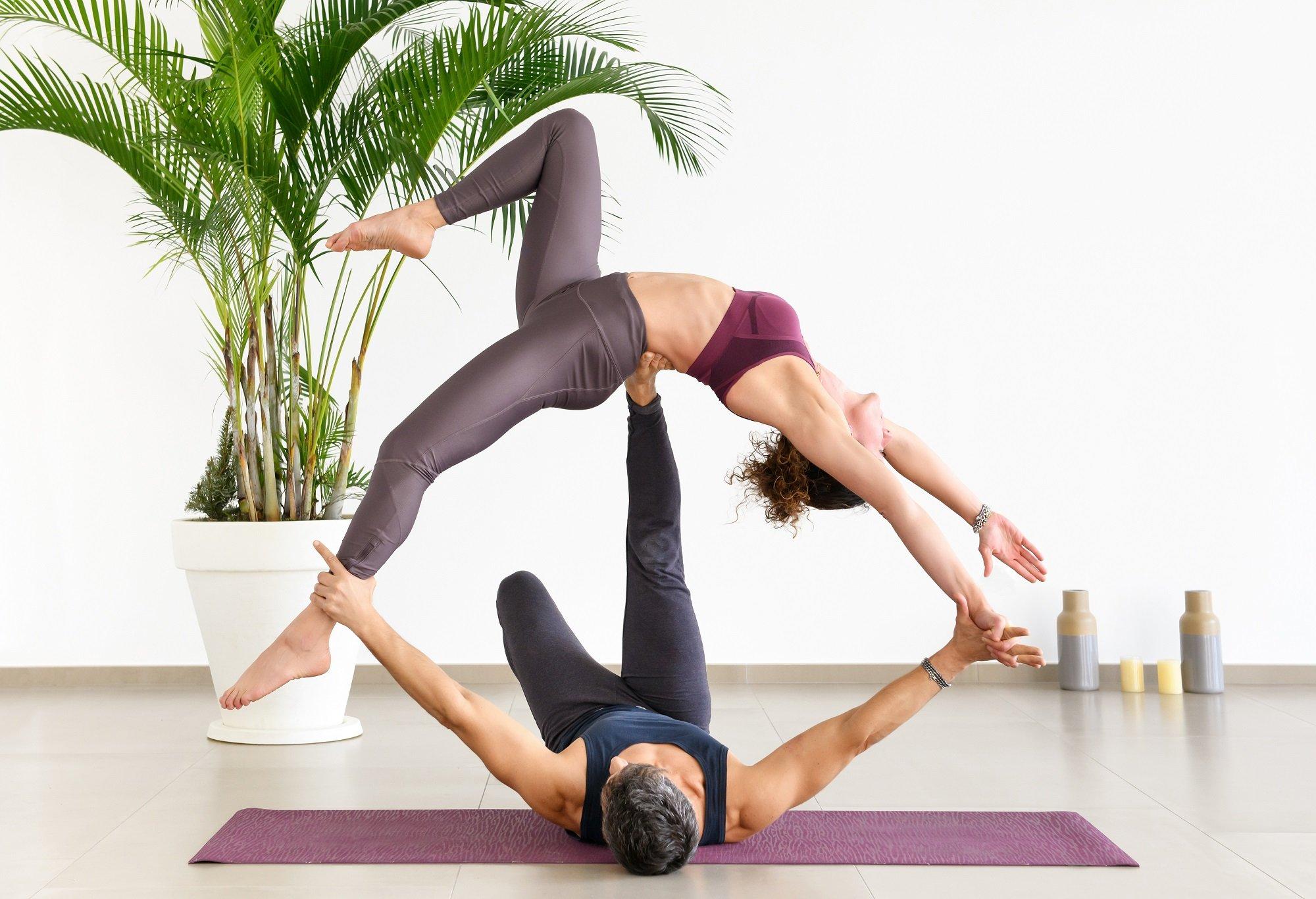 Acroyoga: lo yoga in due da fare divertendosi