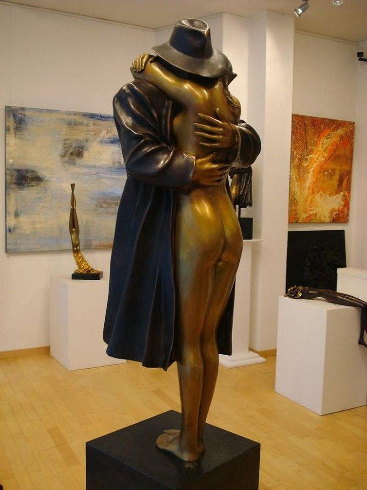 L'abbraccio o Il Ritorno di Bruno Bruni