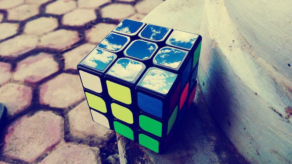 Cubo Di Rubik Prezzo - Guida all\'acquisto - ilcubodirubik.it