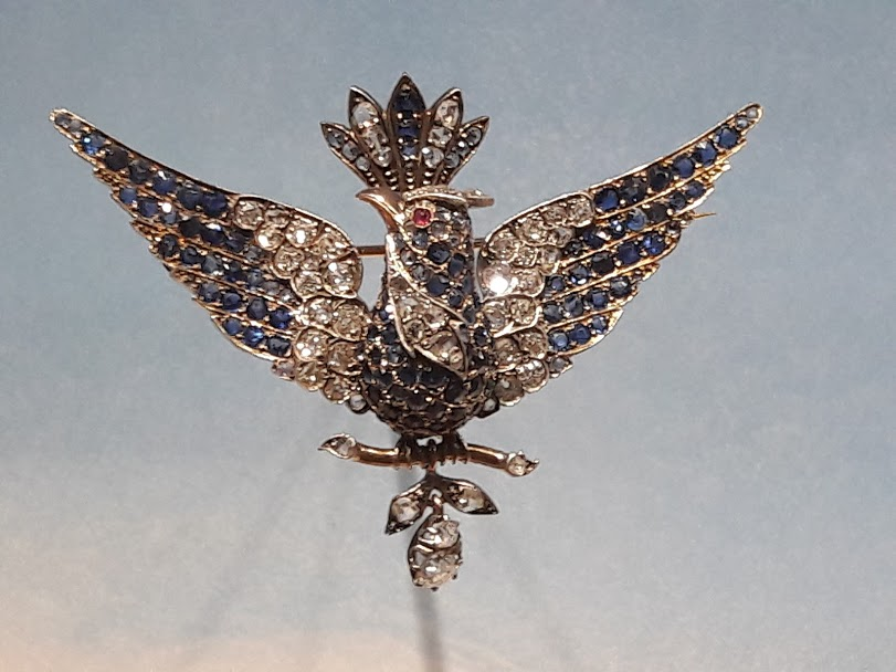 broche oiseau diamants saphirs