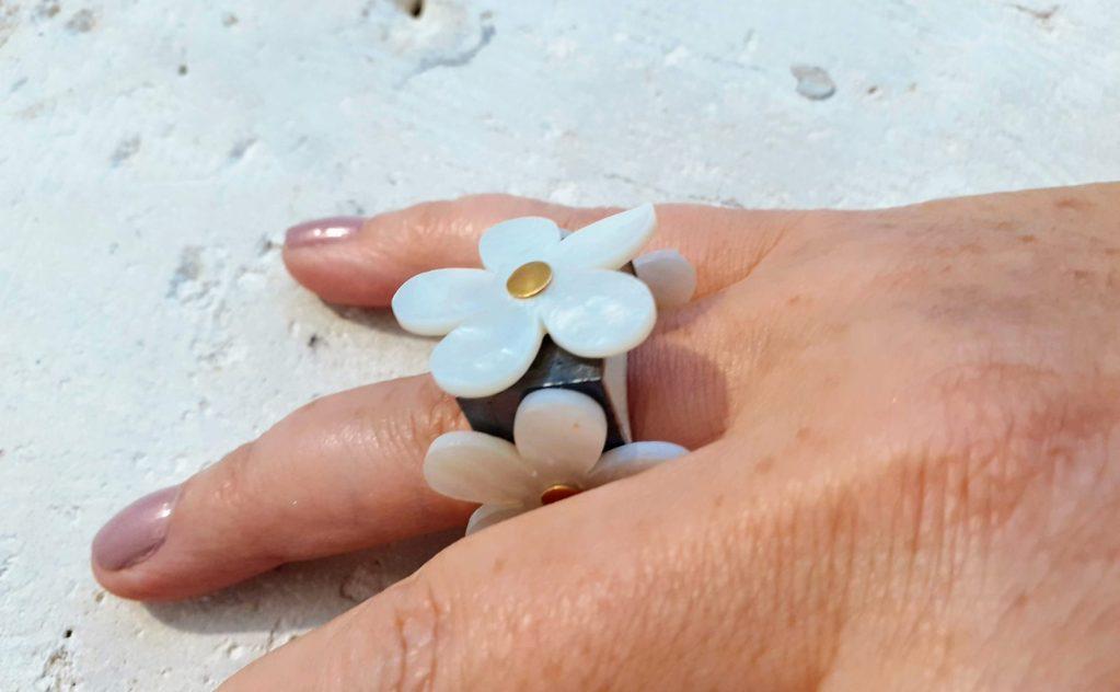 bague Blossom, Violeta Adomaytité